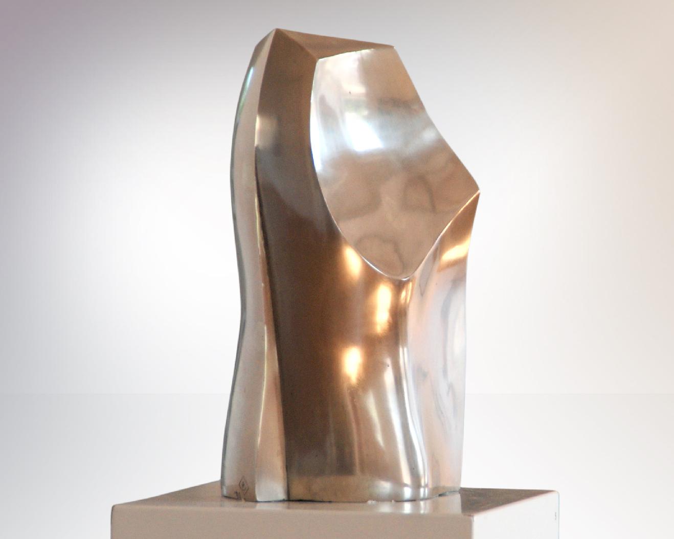 Sculpture-Phonix-Carola-Eggeling-SavannahBay