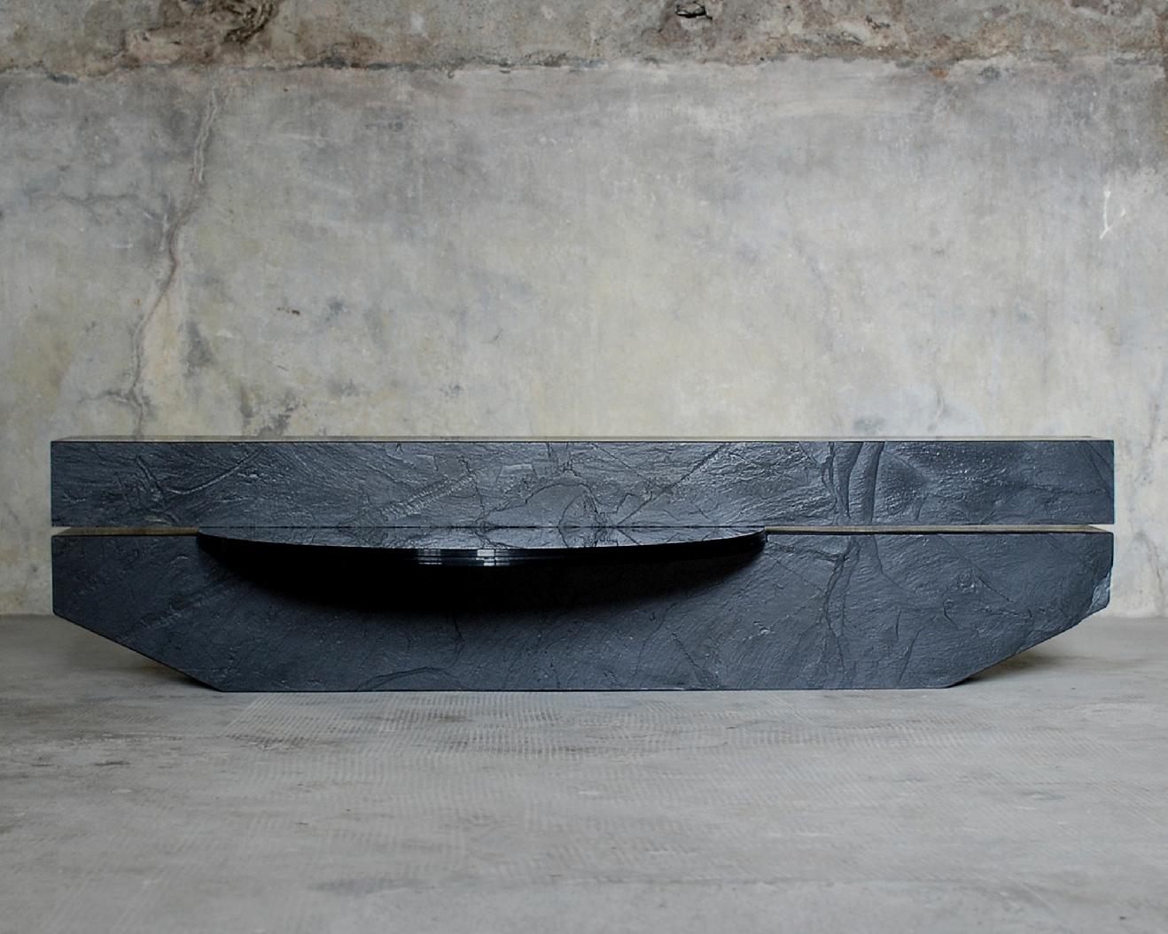 Subtitle-Table-Frederic-Saulou-Design-1
